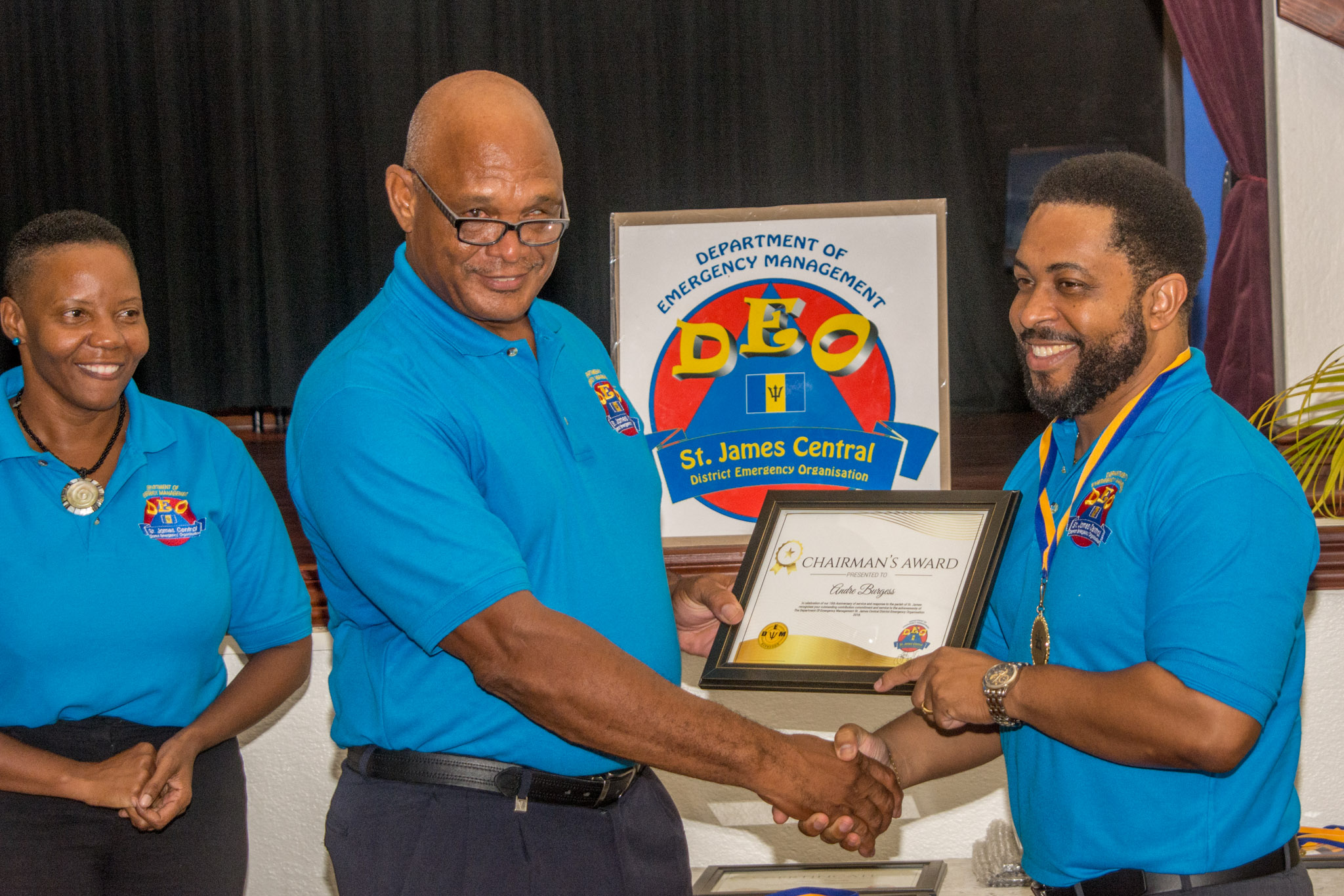 Andre Burgess receives the Chairman's Award